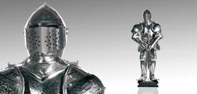 雕刻盔甲人
